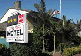 Flying Spur Motel - Tourism Brisbane