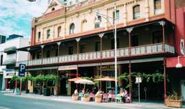 Plaza Hotel - Tourism Brisbane