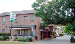 Cedar Lodge Motel - Tourism Brisbane