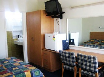 Sandbelt Club Hotel - Tourism Brisbane
