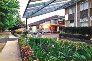 Telopea Inn On The Park - Tourism Brisbane
