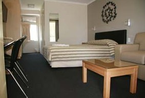 Queensgate Motel - Tourism Brisbane