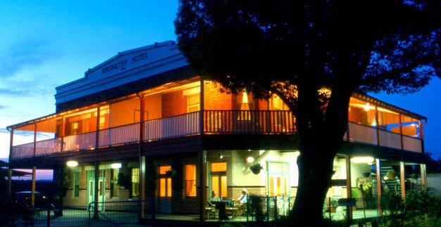 Abernethy Guesthouse - Tourism Brisbane