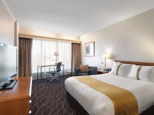 Holiday Inn Sydney Airport - Tourism Brisbane
