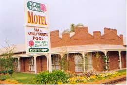 Top Of The Town Motel - Tourism Brisbane