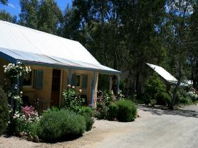 Riesling Trail Cottages - Tourism Brisbane