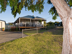 Serenity Holiday House - Tourism Brisbane