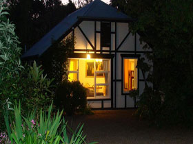 Riddlesdown Cottage - Tourism Brisbane
