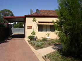 Loxton Smiffy's Bed And Breakfast Sadlier Street - Tourism Brisbane