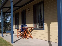 Belmadar Rose Cottage - Tourism Brisbane