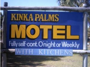 Kinka Palms Beachfront Apartments / Motel - Tourism Brisbane