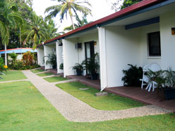 Sunlover Lodge Holiday Units and Cabins - Tourism Brisbane