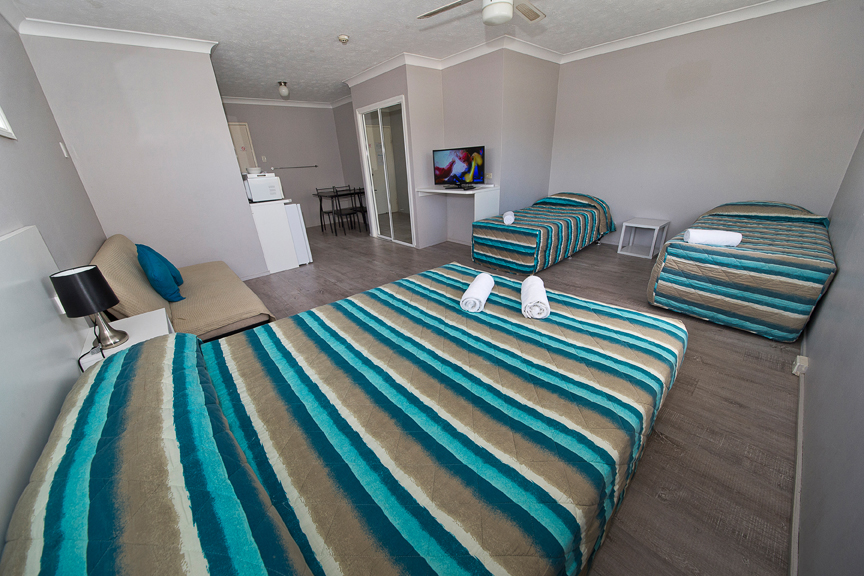 Burleigh Gold Coast Motel - Tourism Brisbane