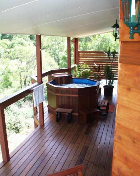 Ravensbourne Escape Holiday Cottages - Tourism Brisbane