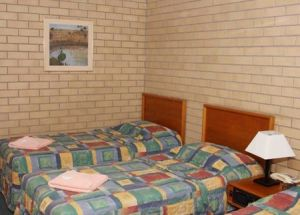 Gunsynd Motor Inn - Tourism Brisbane