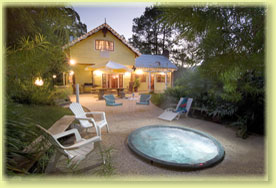 Jacaranda Cottage - Tourism Brisbane