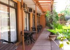 Desert Rose Inn - Tourism Brisbane