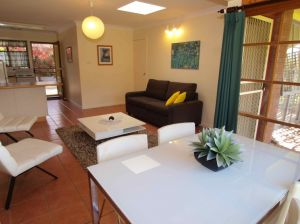 Bright Highland Valley Cottages - Tourism Brisbane