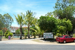 Mareeba Country Caravan Park - Tourism Brisbane