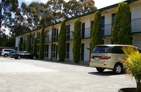 Mulgrave Court Motor Inn - Tourism Brisbane