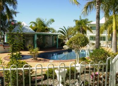 Reef Adventureland Motor Inn - Tourism Brisbane