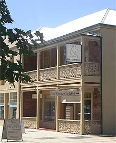 Cobb  Co Court Boutique Hotel - Tourism Brisbane