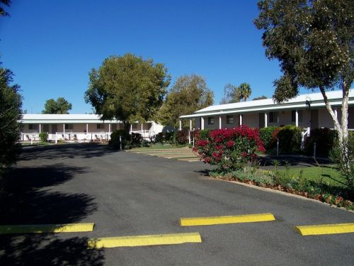 The Country Way Motor Inn - Tourism Brisbane