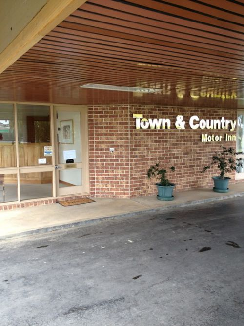 Town amp Country Motor Inn Forbes - Tourism Brisbane