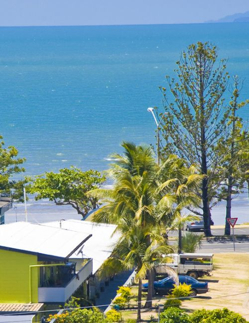 Surfside Motel - Yeppoon - Tourism Brisbane