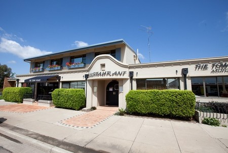 The Town House Motor Inn - Sundowner Goondiwindi - Tourism Brisbane