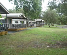 Beachfront Caravan Park - Tourism Brisbane