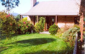 Canowindra Cottage - Tourism Brisbane