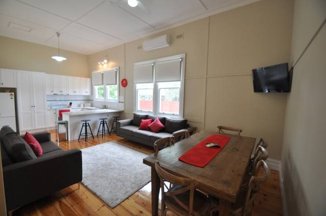 Ain Garth Self Catering Accommodation - Tourism Brisbane