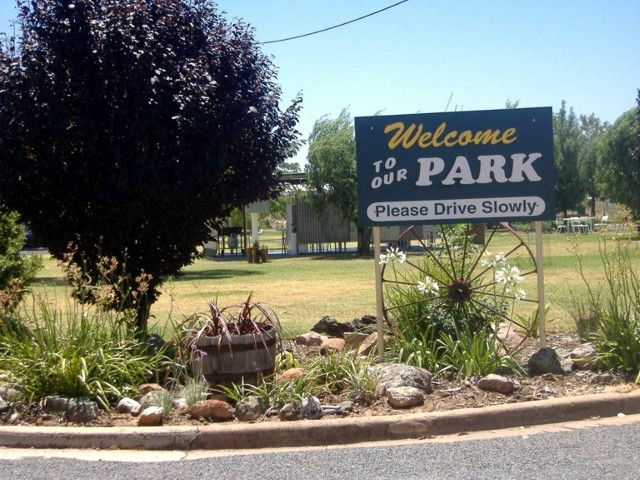 Country Club Caravan Park - Tourism Brisbane