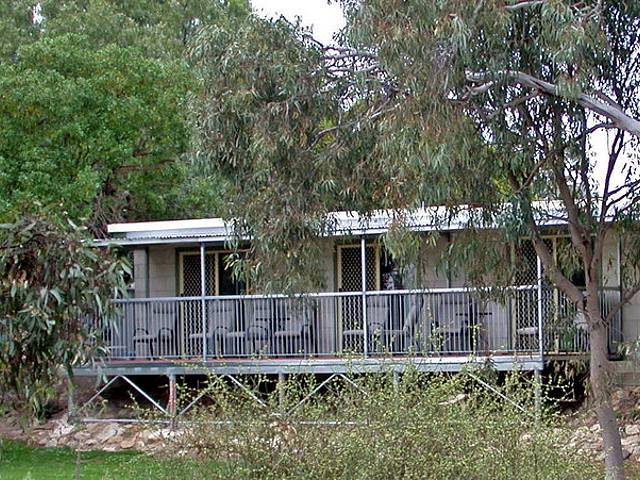 Donald Riverside Motel - Tourism Brisbane
