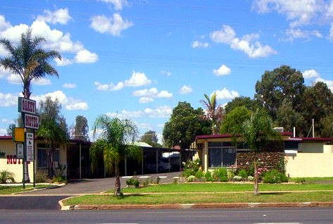 Oakey Motel - Tourism Brisbane
