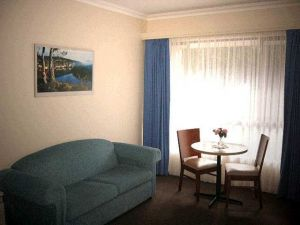 Victoria Lodge Motor Inn  Serviced Apartments - Tourism Brisbane