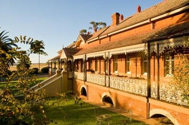 Hermitage Hill Resort And Conference Centre - Tourism Brisbane