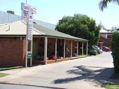 Yambil Inn Motel - Tourism Brisbane