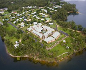 Tinaroo Lake Resort - Tourism Brisbane