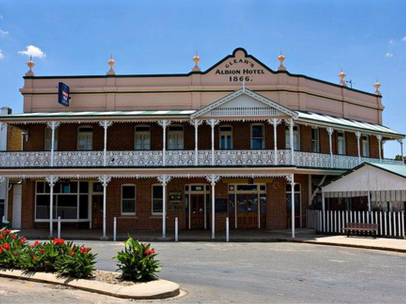 Albion Hotel Grenfell - Tourism Brisbane