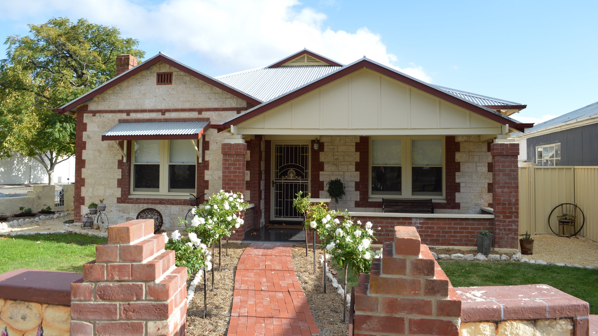 Two Cow Cottage Bed and Breakfast - Tourism Brisbane
