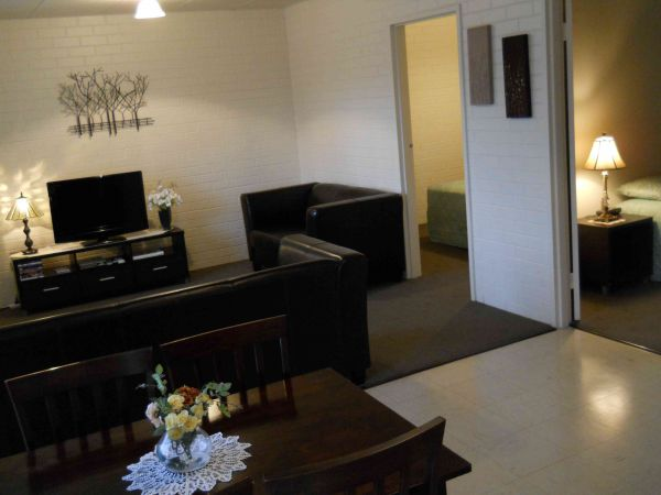 BJs Short Stay Apartments - Tourism Brisbane