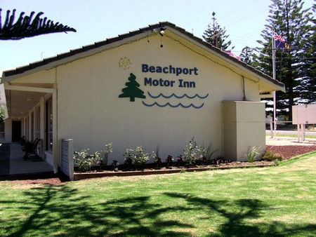 Beachport Motor Inn - Tourism Brisbane