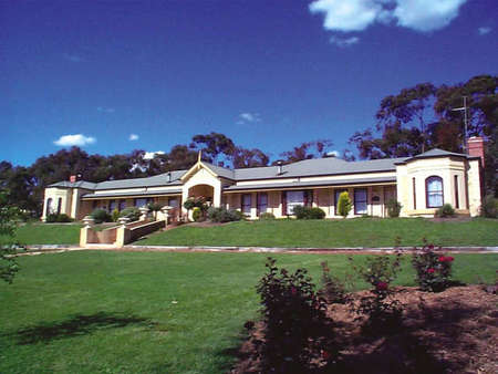 Brice Hill Country Lodge - Tourism Brisbane