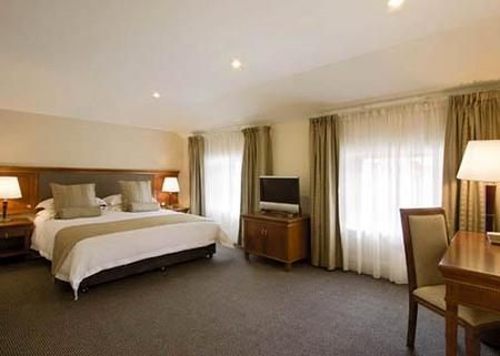 Clarion Hotel City Park Grand - Tourism Brisbane
