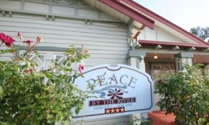Peace By The River Homestay - Tourism Brisbane