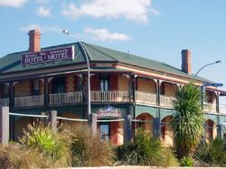 Streaky Bay Hotel Motel - Tourism Brisbane
