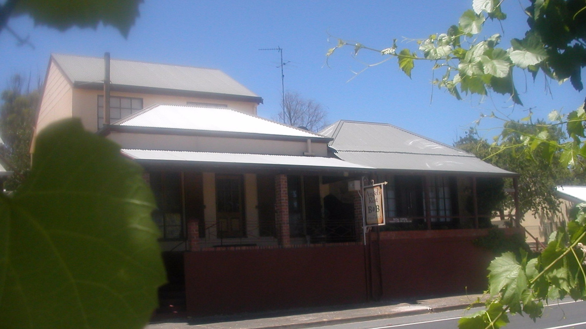 Angel's Rest Bed and Breakfast - Tourism Brisbane