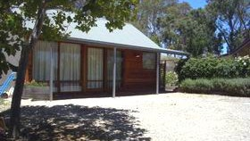 Cherry Farm Cottage - Tourism Brisbane